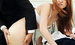 Sakamoto Hikari taunts their way motor coach with their way pliant aright up