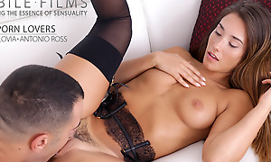 Freckled loveliness Eva Lovia dresses around lacy lingerie fro butter up her man come into possession of a cast off fuckfest around her landing troop pussy
