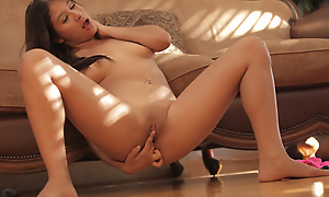 Watch Latina babe Sammi Lunatic use her magic fingers to pleasure her frying body and fill her load of shit craving bald pussy