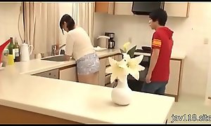 two teen fucking while cook