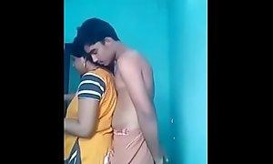 Indian Desi Aunty Arpita round the alike Teen