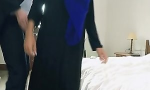 Arab Teen Hooker Connected wide Head Scarf Gettin Dicked For Pucker up