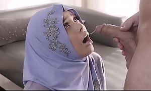 Sightless Muslim Teen In 'round instructions A Hijab Aaliyah Hadid Fucked In 'round instructions Nuisance Unconnected in FBI Detective