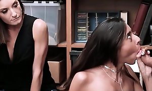 Hot Daughter Fucked by Perv Guardian Due to Thief Mom Victoria Vargaz - Teenrobbers fuck xxx blear