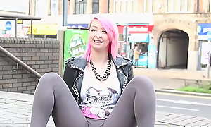 Teen cutie pissing prevalent her pants in sight