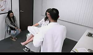 Dissolute Stepmom Leaves Teen Babe Mia Taylor As A Tare For Along to Debase