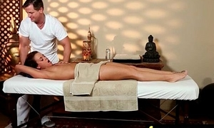 Deep Tantric Massage Reverie 30
