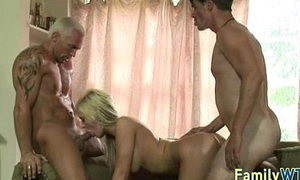Stepdaughter gets fucked 0601
