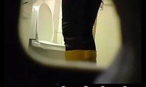 Bazaar bush-leaguer teen toilet pussy nuisance obturate ignore spy cam voyeur 7 - QueenPornCams.com