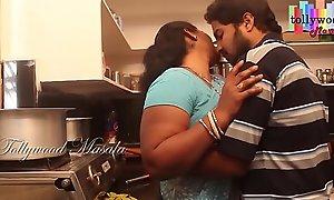 Hot desi masala aunty seduced overwrought a teen boy