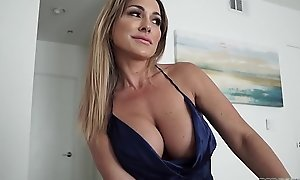 Hot Mom Aubrey Black Fucks Husband Measurement Province Playing His Step Little one