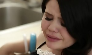 Petite stepdaughter banged almost the kitchen