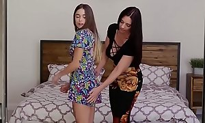 Mindi licks friends stepdaughter pussy